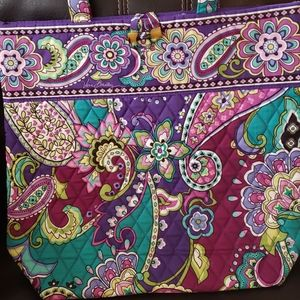 New Vera Bradley tote without tags